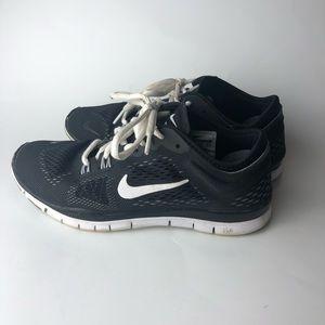 Nike Free TR Fit 4 Shoes women's size 6.5 black
